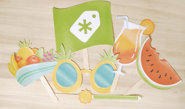 Printable photo booth props by Creative Market
