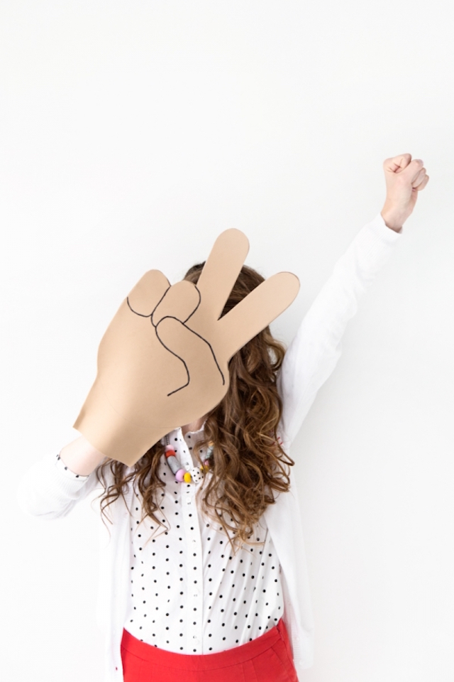 DIY emoji foam fingers by Studio DIY