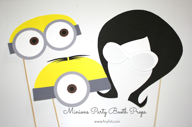 Minions free printable photo booth props by Anytots
