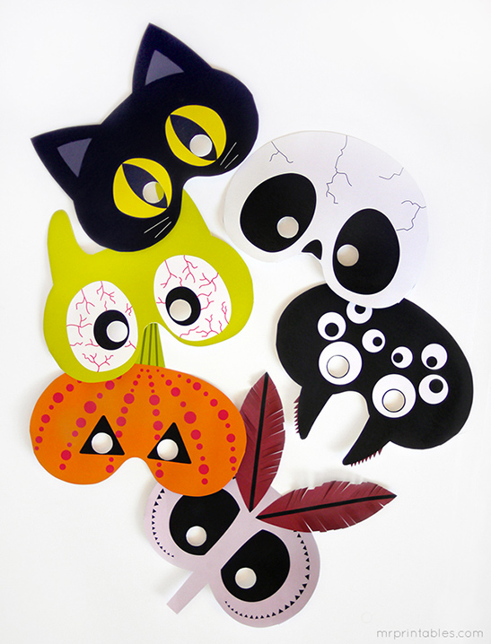 Printable Halloween photo booth masks by Mr Printables