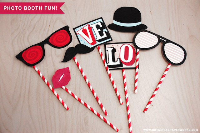 Printable photo booth props by Botanical Paperworks