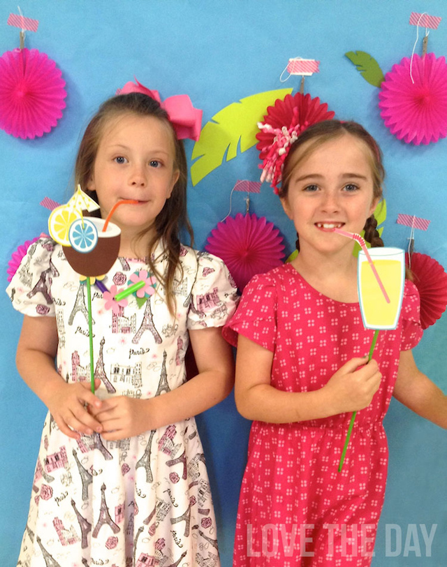 Printable summer photo booth props by Love The Day