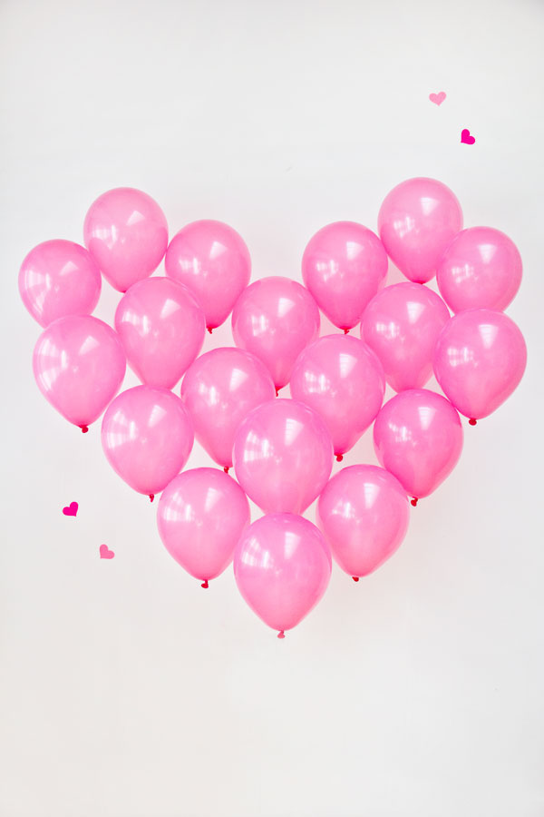 DIY giant balloon heart photo booth backdrop