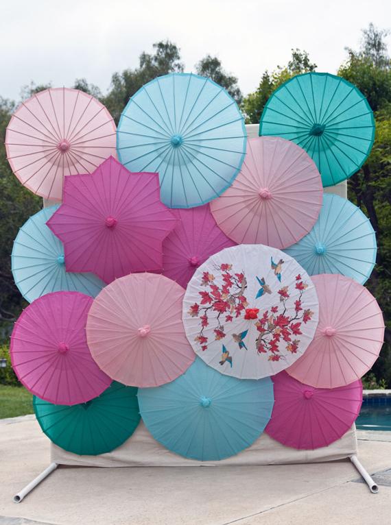 DIY parasol backdrop