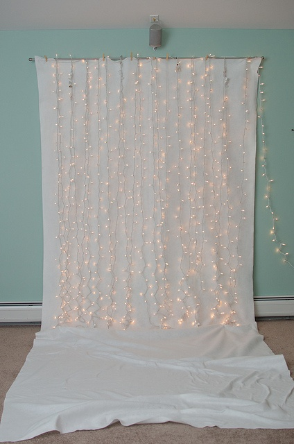 DIY sparkle backdrop