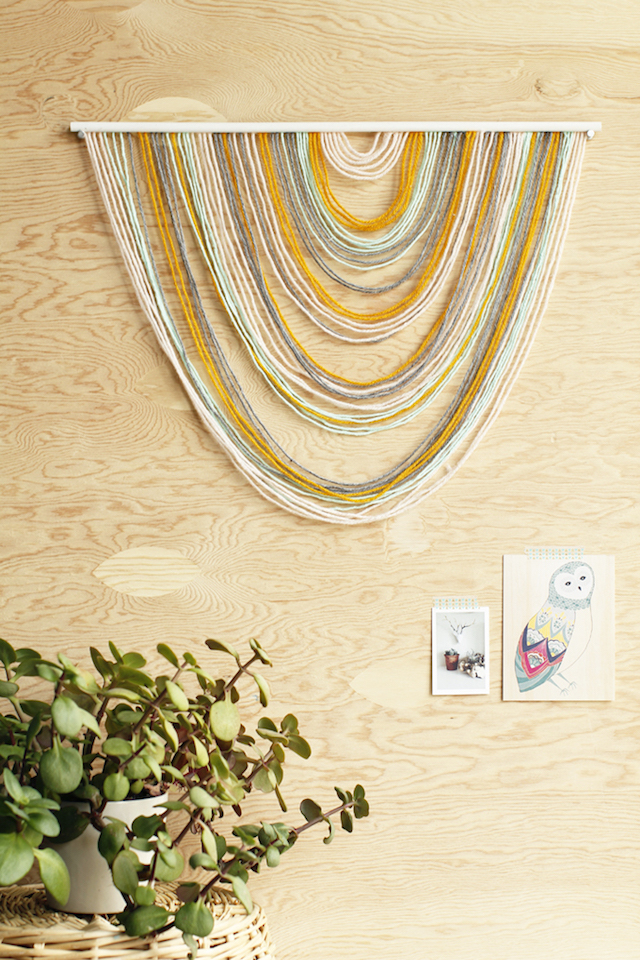 DIY yarn tapestry photo booth backdrop