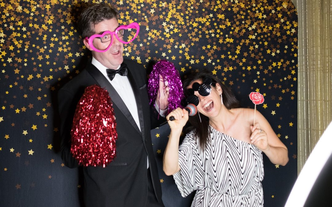 The Ultimate Guide to Hiring the Right Photo Booth in Singapore