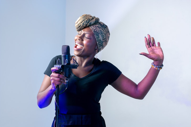 Singer performing live for a virtual event