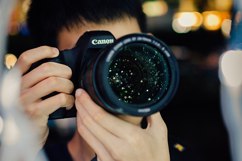 10 Proven Steps to Hire the Best Event Photographers