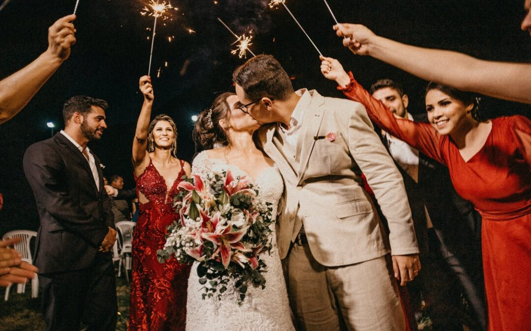 40 Wedding Photography Ideas for Your Big Day